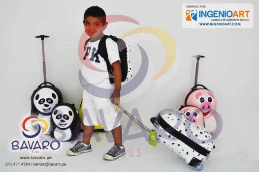 Diseños para Facebook de tienda de mochilas